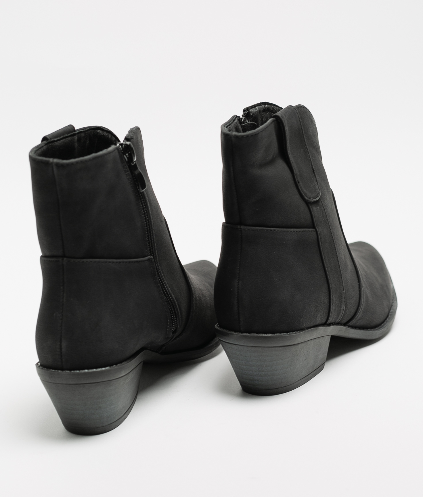 Noli Low Boot - Black