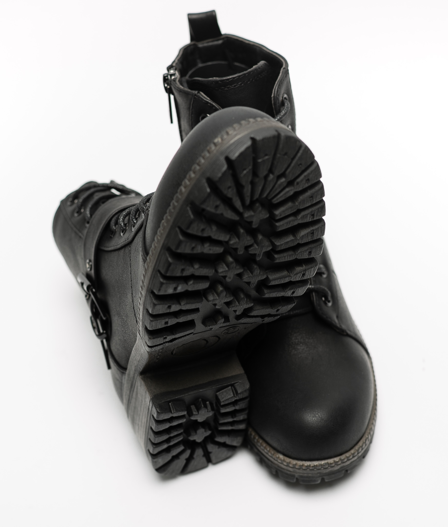 Bota Baja Zendi - Negro
