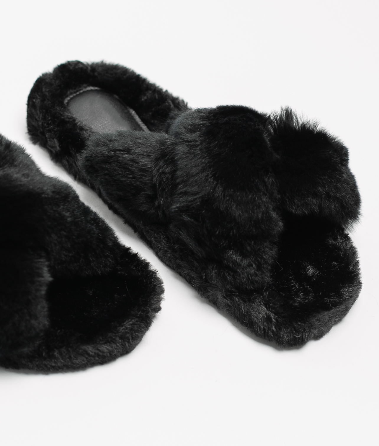 BUNY SLIPPERS - BLACK