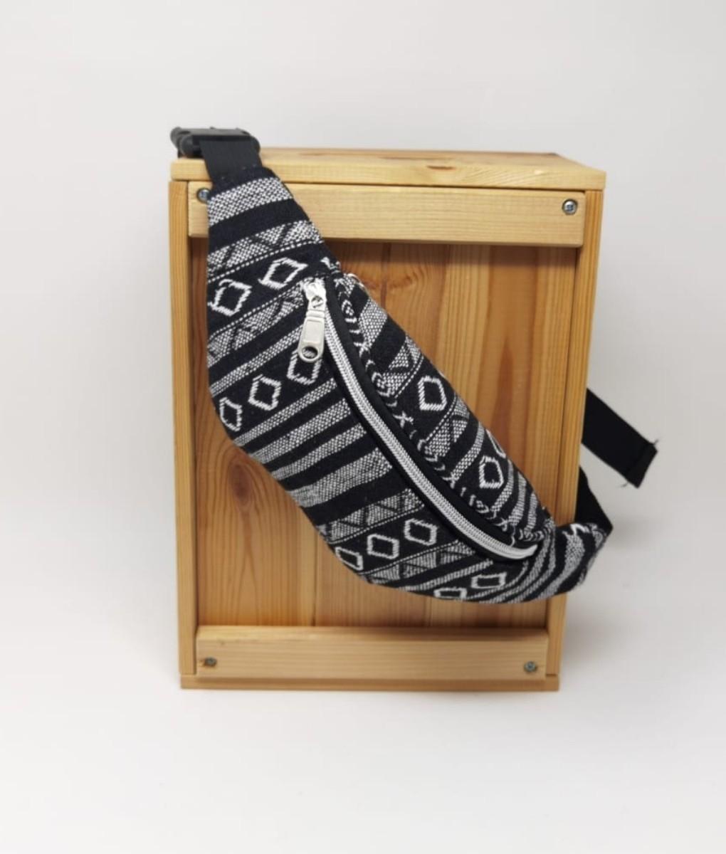 saipa waist bag - WHITE AND BLACK