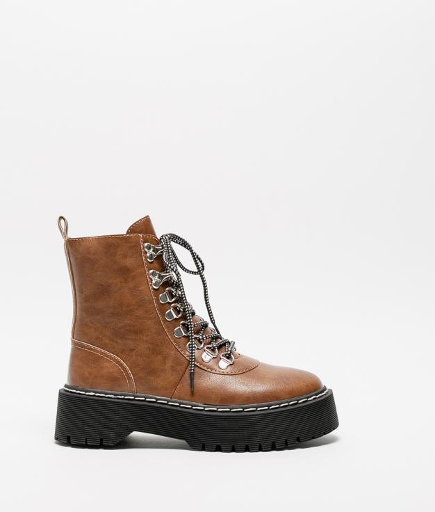 Low Boot Cedela - Camel