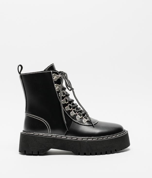 Low Boot Cedela - Black