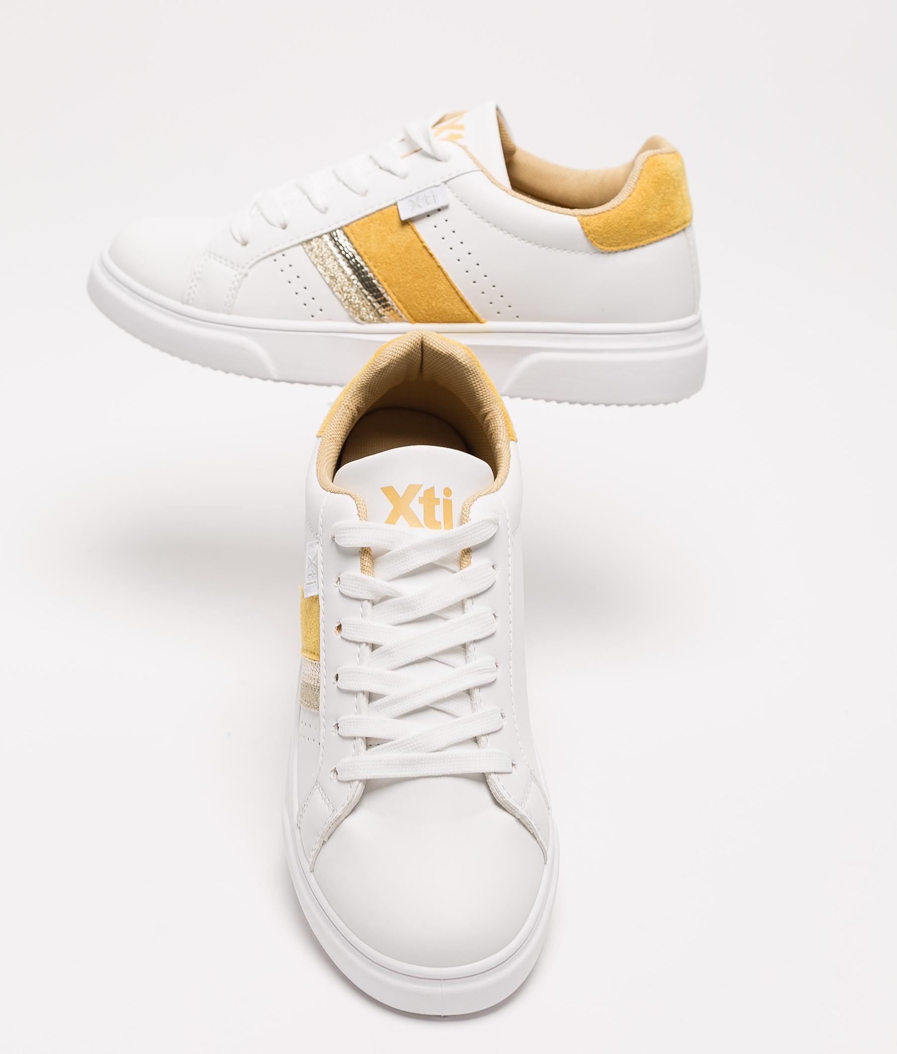 Sneakers Neus Xti - Amarillo