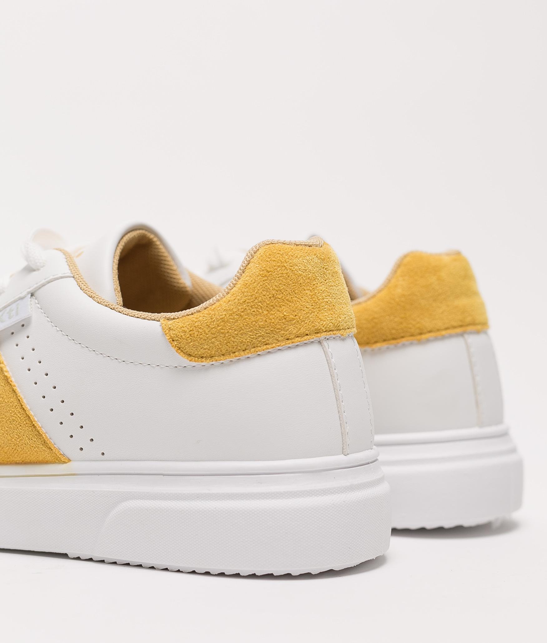 Sneakers Neus Xti- Giallo