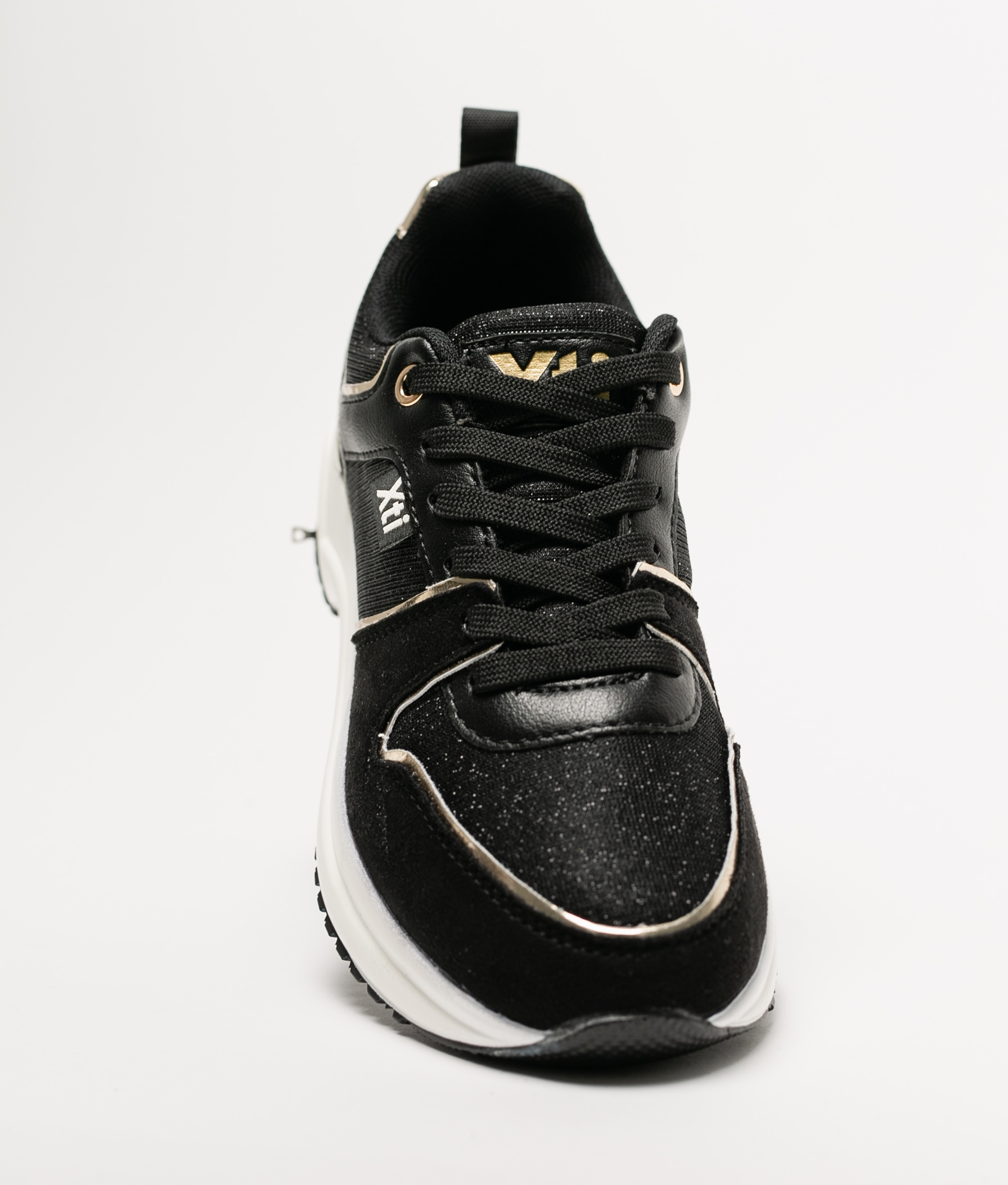 Sneakers Cluba Xti- Negro
