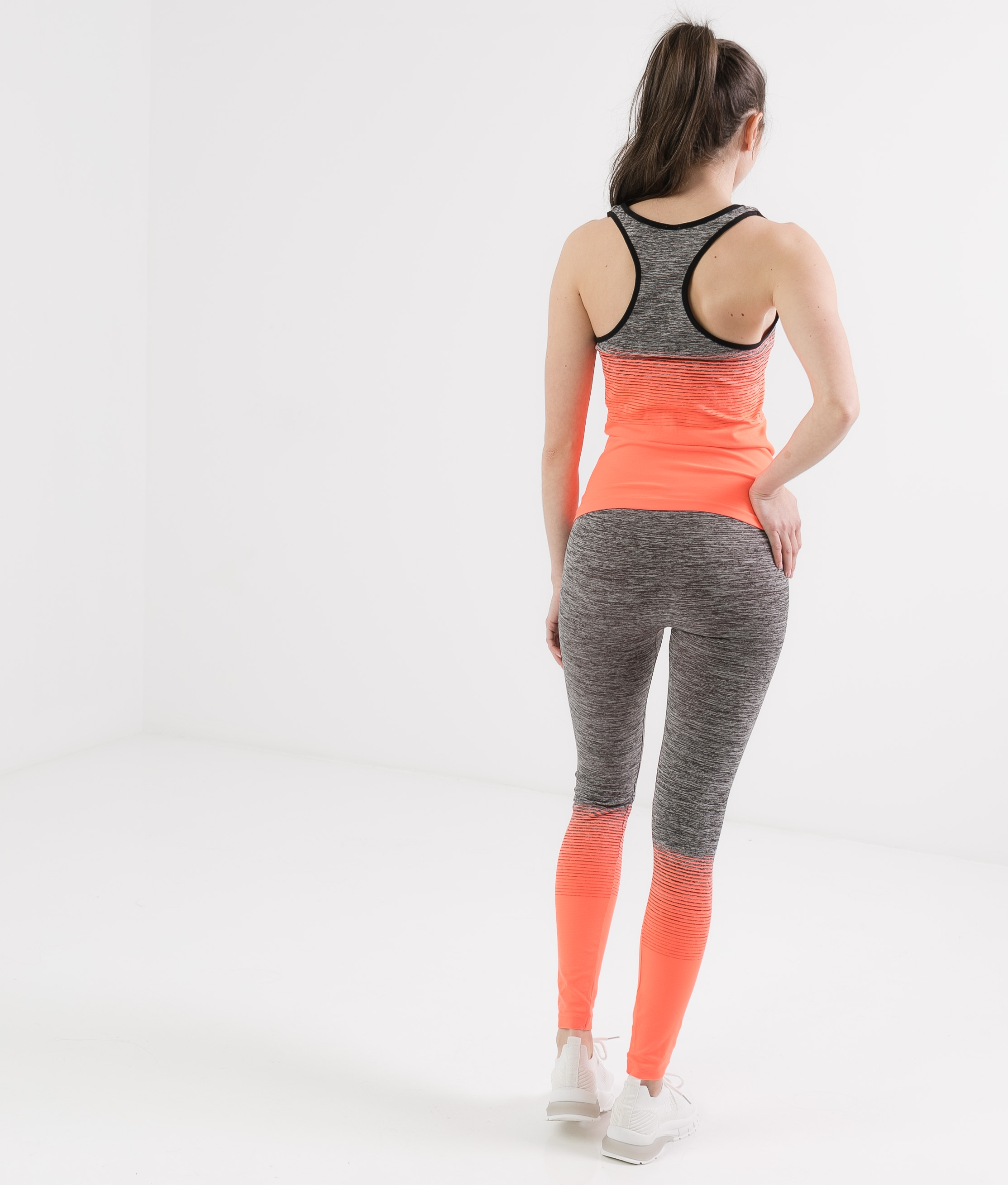 OUTFIT YUNKER - ORANGE