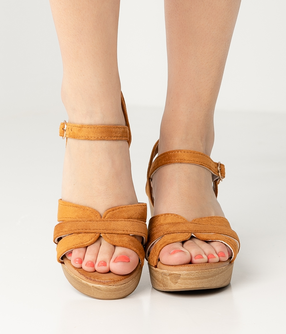 High Sandal Polka - Camel