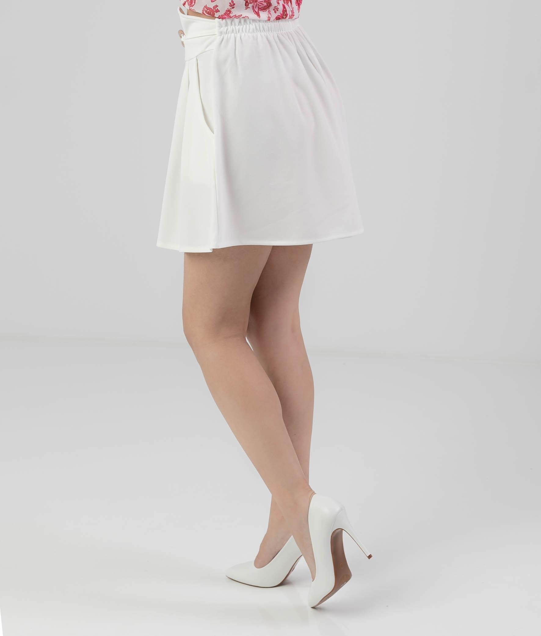 SHORT NIBICUS - WHITE
