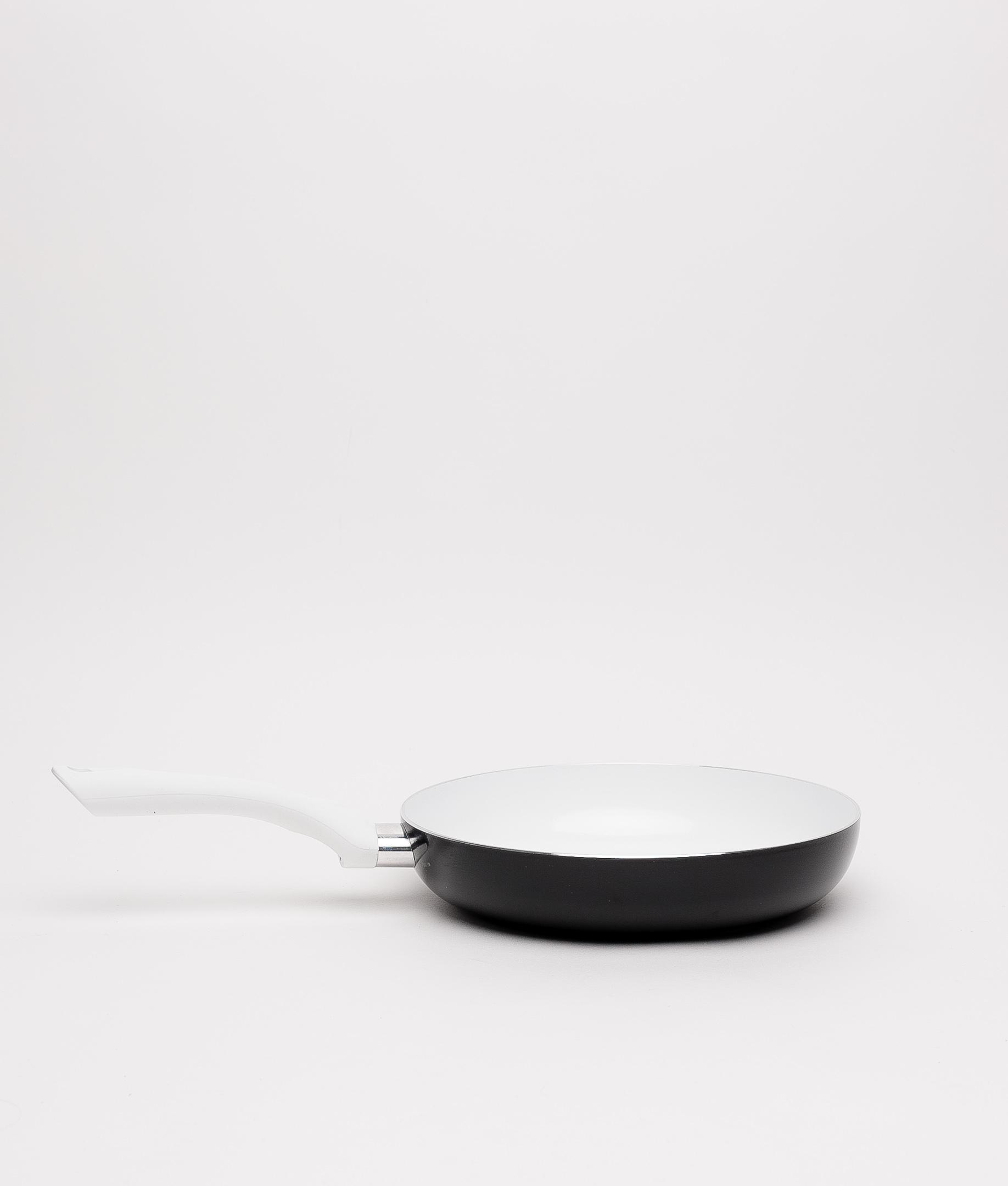 SARTÉN DAISY - WHITE/BLACK 24X5 CM