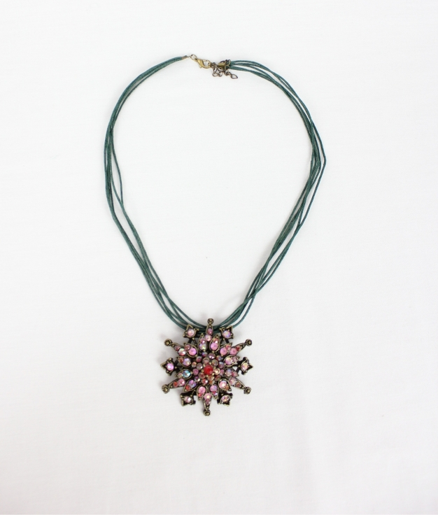 COLLIER TIPE