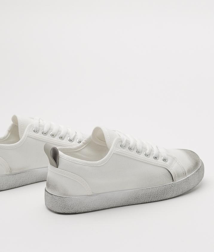 Sneakers Kareva - White