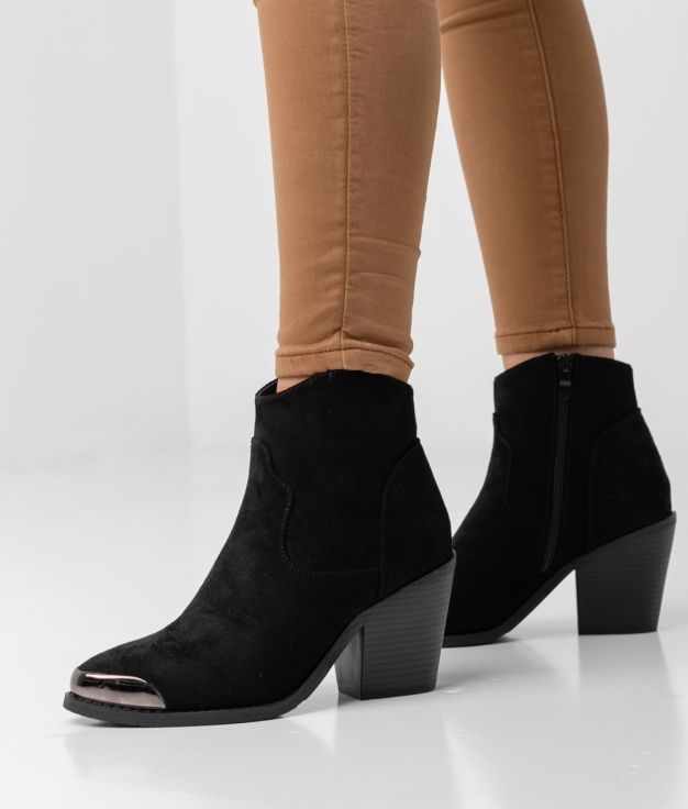 TESLY LOW BOOT - BLACK